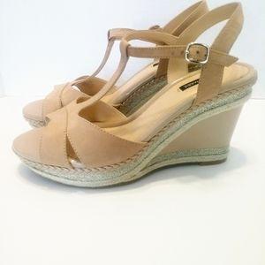Alex Marie beige and tan wedge heel sandals sz 9